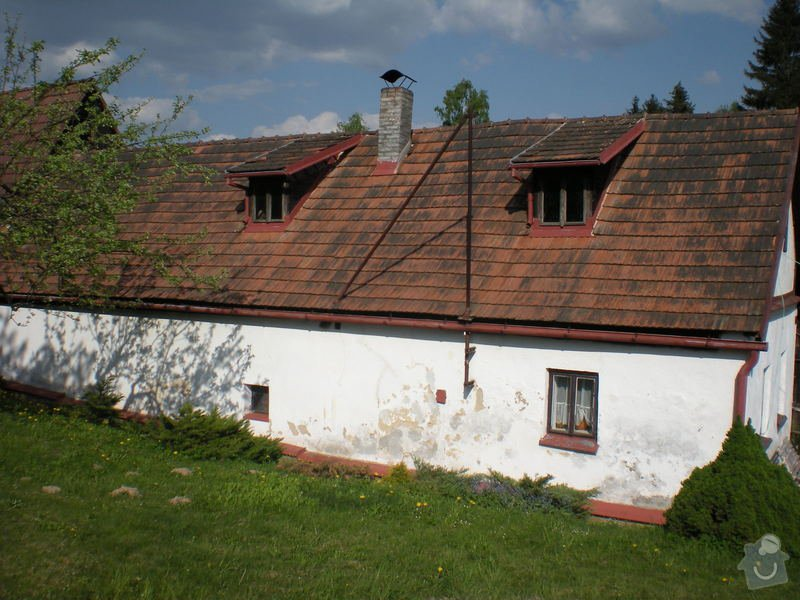 Rozebrání staré střechy : 08-strecha_ze_zahrady_260