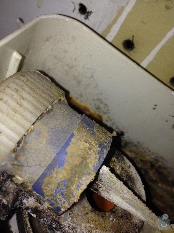 Oprava WC - nesplachuje: IMG_1311