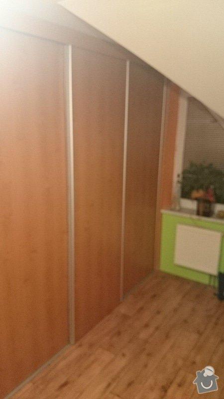 Zašupovací dveře, vestavná skříň: vyroba-a-montaz-vestavne-skrine-vysterkovani-a-polozeni-lina_DSC_0540