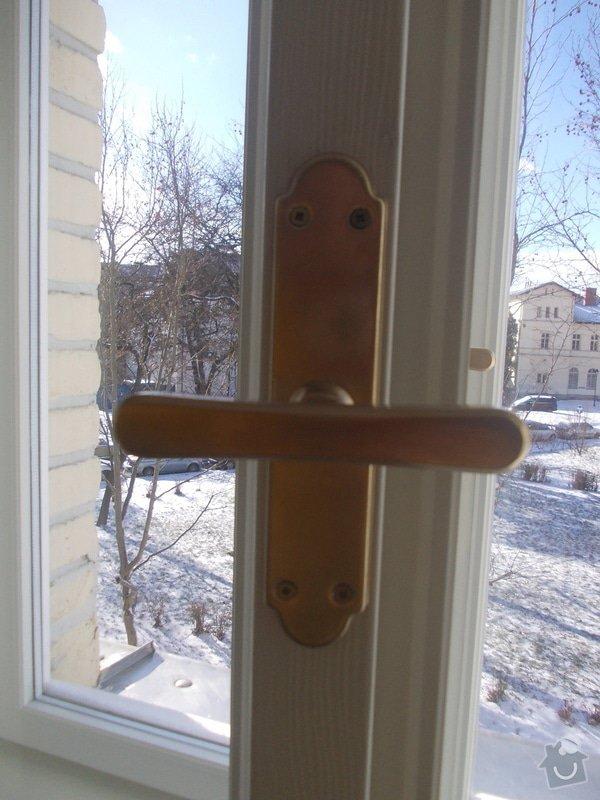 Lakování a tmelení oken a dveří: 006