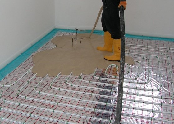 Podlahové vytápění, lité podlahy