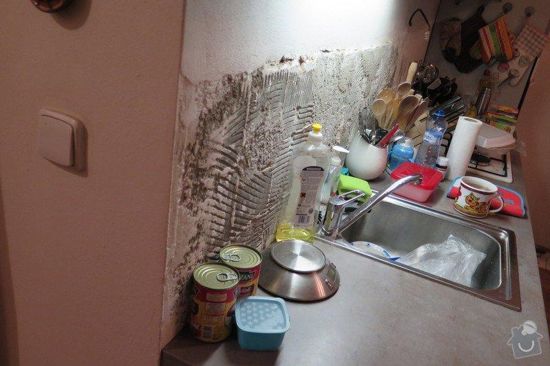 Zarovnaní stěny+obklad tapetou 2m2 u kuchyňslé linky: IMG_0531