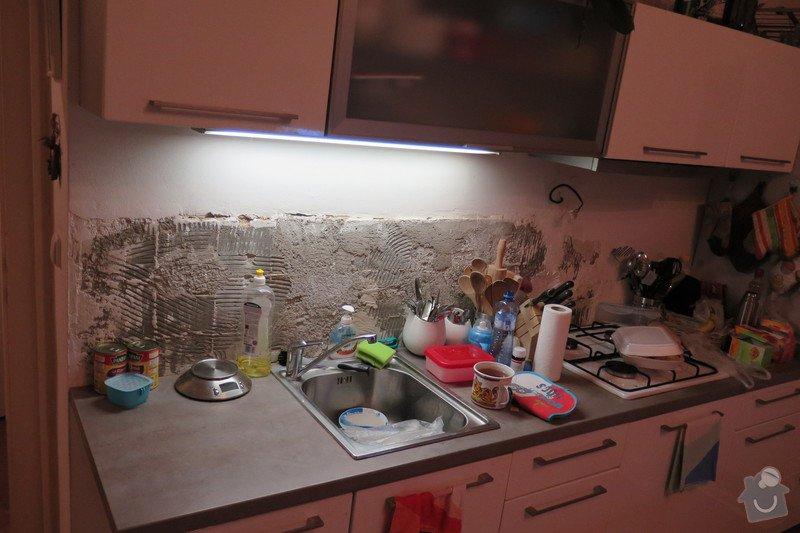 Zarovnaní stěny+obklad tapetou 2m2 u kuchyňslé linky: IMG_0532