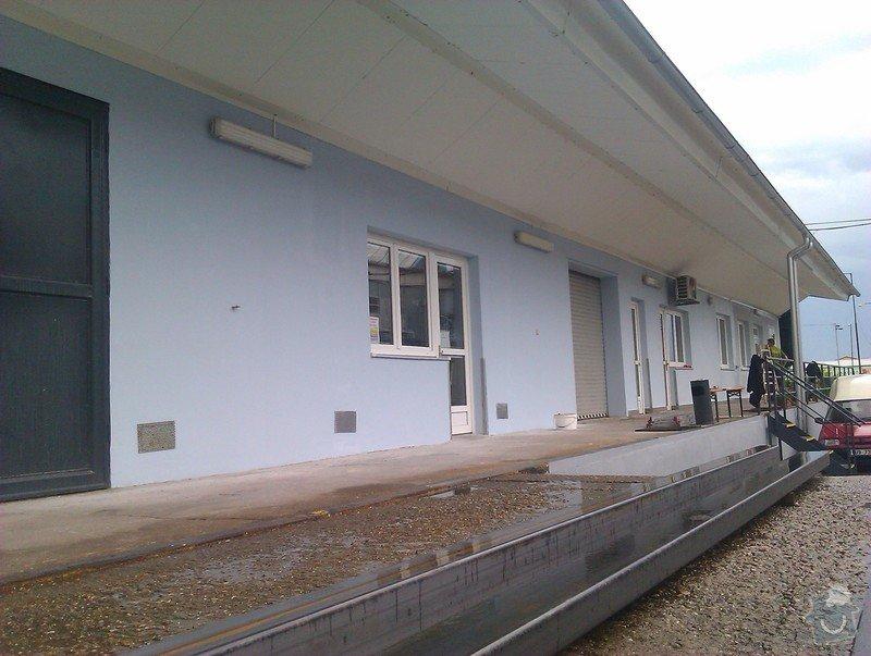 Oprava fasády firmy + kompletní výmalba kanceláří, chodeb a schodiště firmy: Profol
