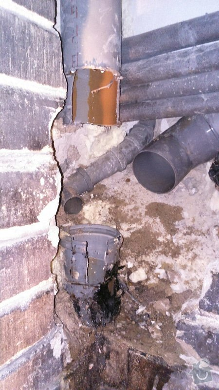 Oprava odpadního potrubí: DSC_0353