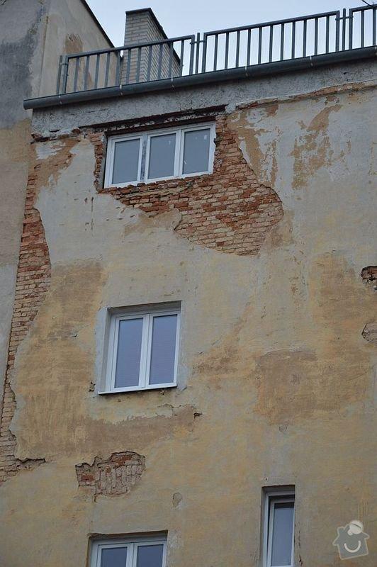 Poptávám zhotovení fasádní omítky na činžovní dům v Plzni: DSC_0003-m