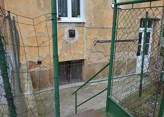 Poptávám zhotovení fasádní omítky na činžovní dům v Plzni