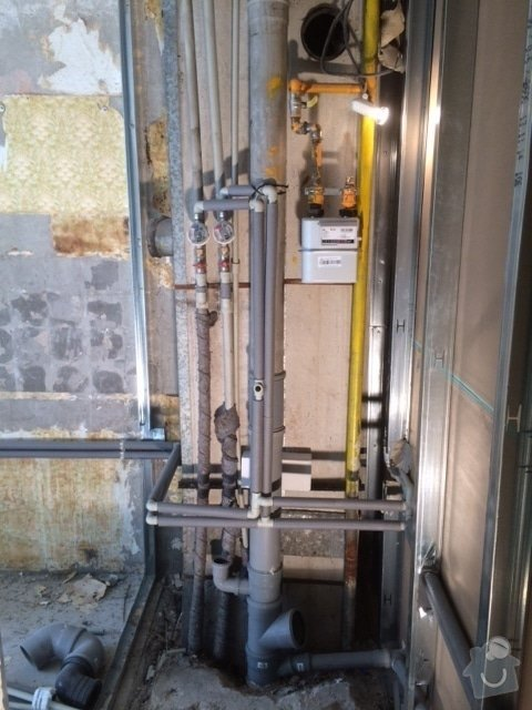 Rekonstrukce ZTI a rozvodu plynu bytového jádra: IMG_0573