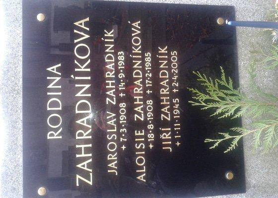 Úprava náhrobku