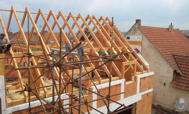 Novostavba střechy chráněného bydlení Brumovice: 20140425_140609