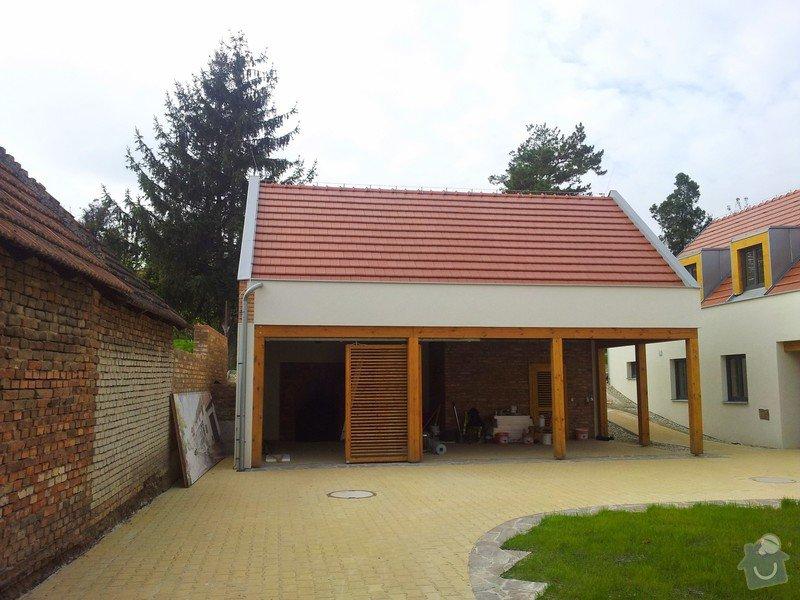 Novostavba střechy chráněného bydlení Brumovice: 20141015_140855