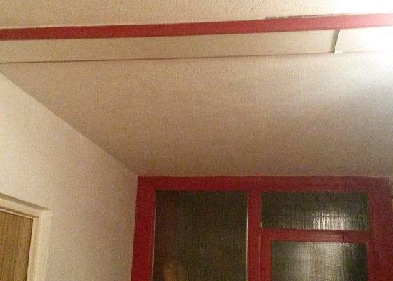 Opravy omítek v panelovém domě