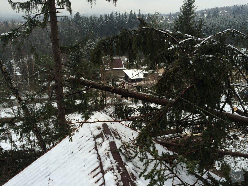 Oprava střechy po pádu stromu na chatě ve Frýdlantě nad Ostravicí: IMG_0836