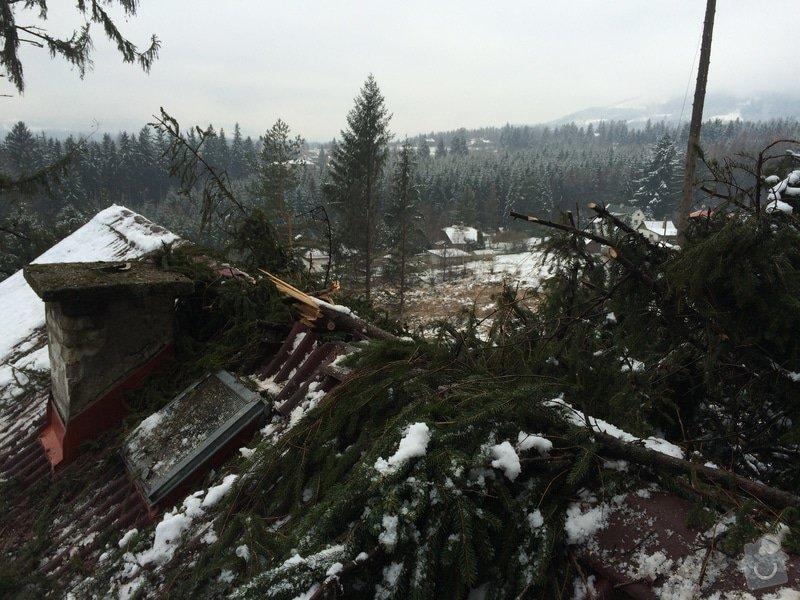 Oprava střechy po pádu stromu na chatě ve Frýdlantě nad Ostravicí: IMG_0822
