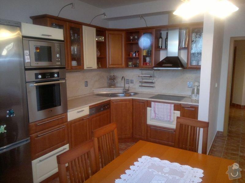 Bílení podkrovního bytu 68 m2 v ČB: kuchyn_3