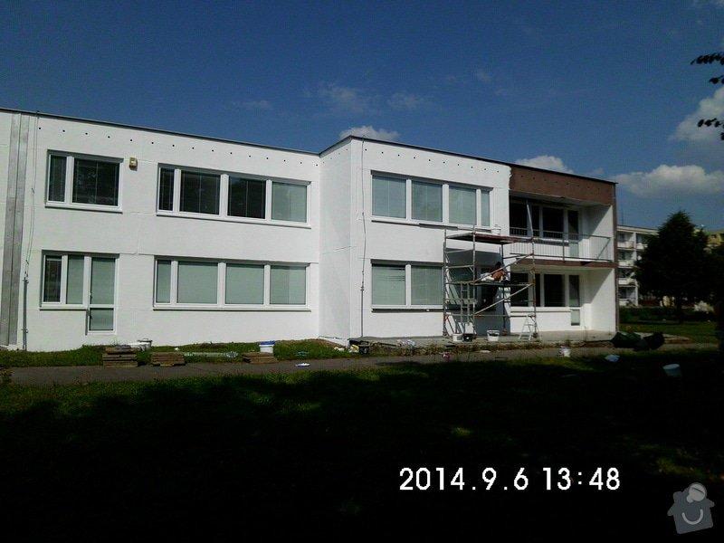 Opravy a nátěry fasády, nátěry střech,zábradlí, okapů  a schodišťové konstrukce: 22
