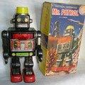 Oprava hracky robota 0001