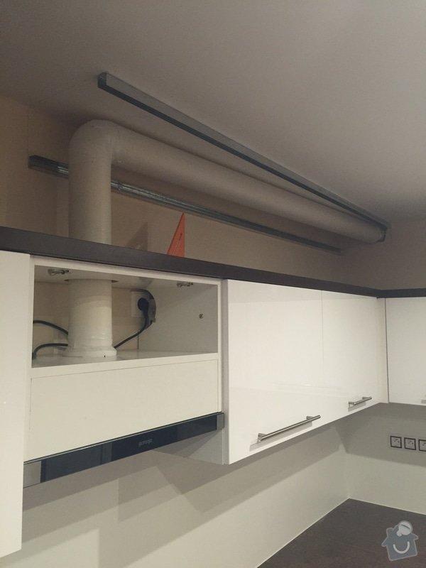 Dokončení odtahu vzduchu z digestoře: IMG_0239