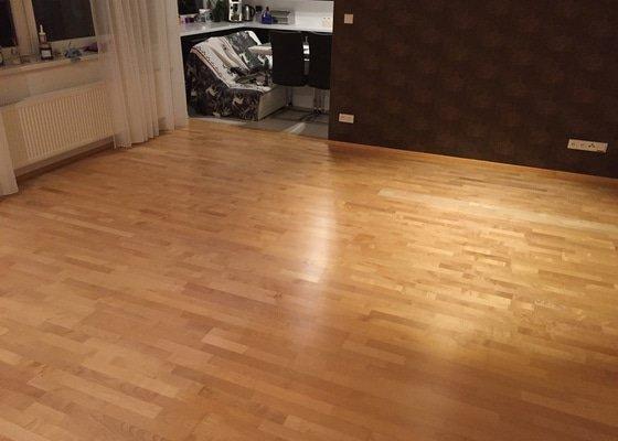 Oprava dřevěné plovoucí podlahy