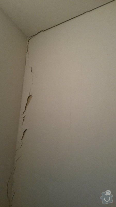 Rekonstrukce ( výměna ) zárubní a dveří, oprava zdi a malování,dodělání plovoucí podlahy: 20150224_154651