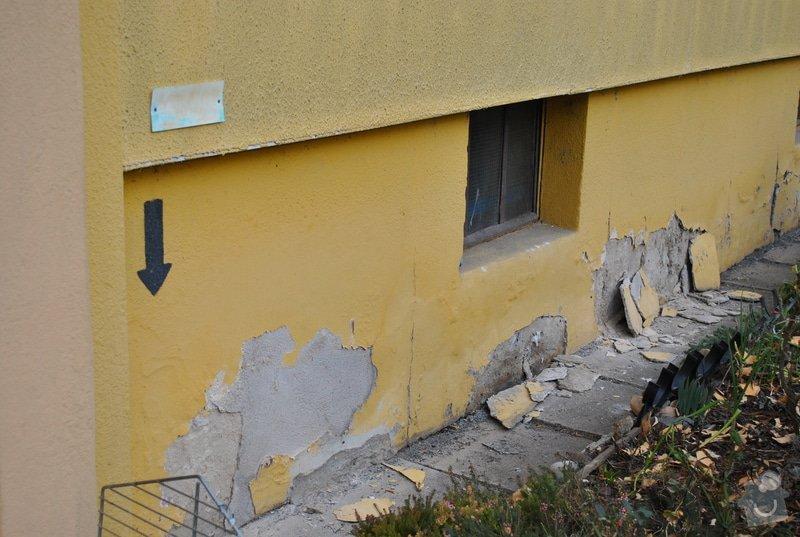 Nová omítka soklu domu: Prava_Strana_od_vchodu_100x670cm