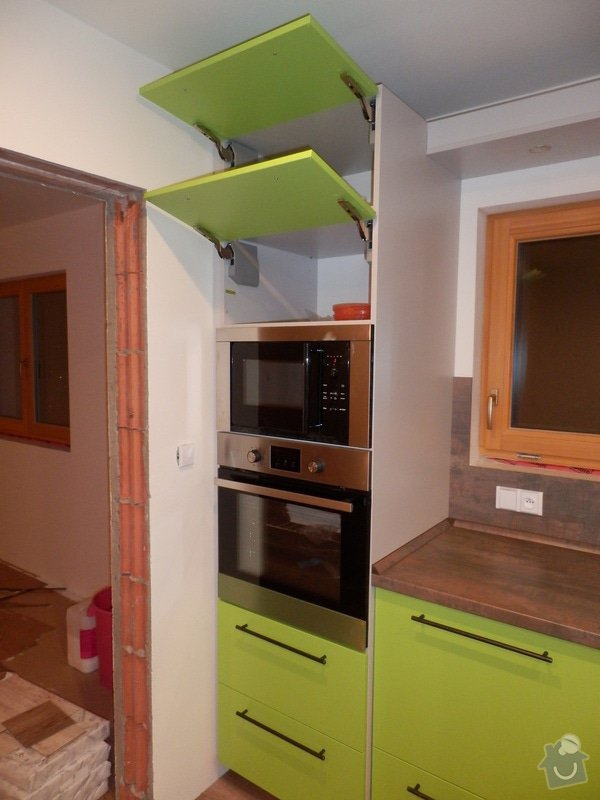 Návrh, výroba a montáž kuchyňské linky: PC162150
