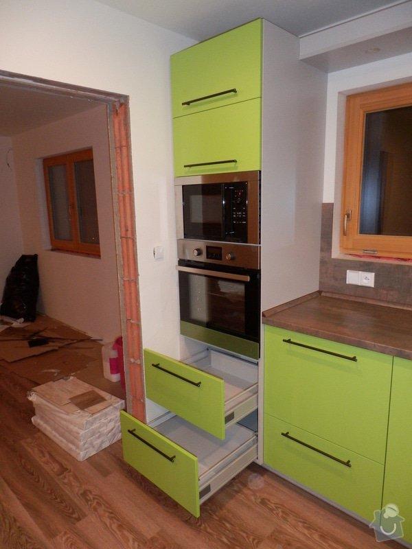 Návrh, výroba a montáž kuchyňské linky: PC162151