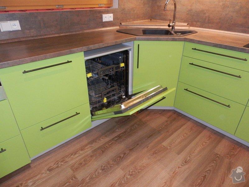 Návrh, výroba a montáž kuchyňské linky: PC162153