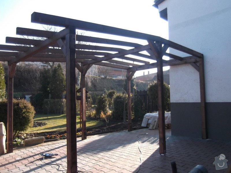 Rekonstrukce dřevěné pergoly: 001
