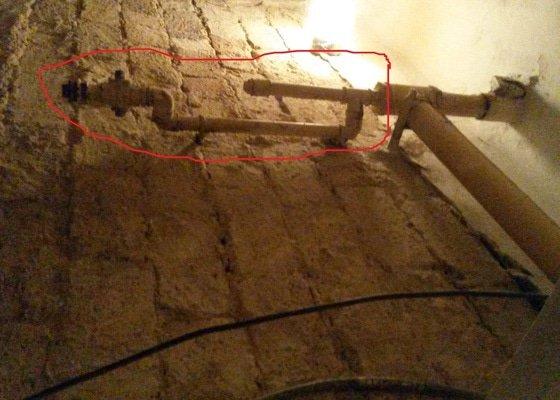 Odstranění staré trubky -plyn