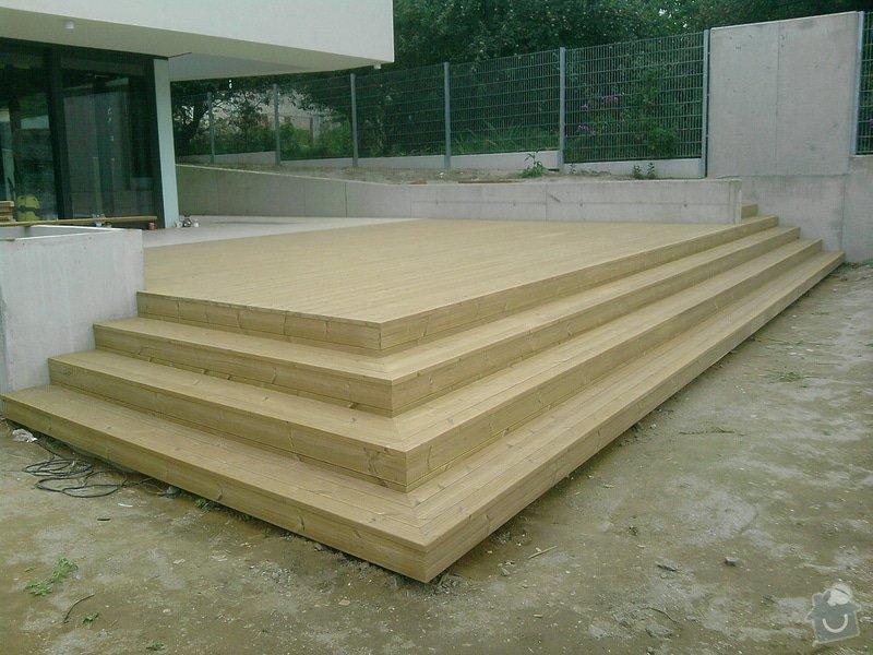 Montáž dřevěné terasy: P040913_17.43