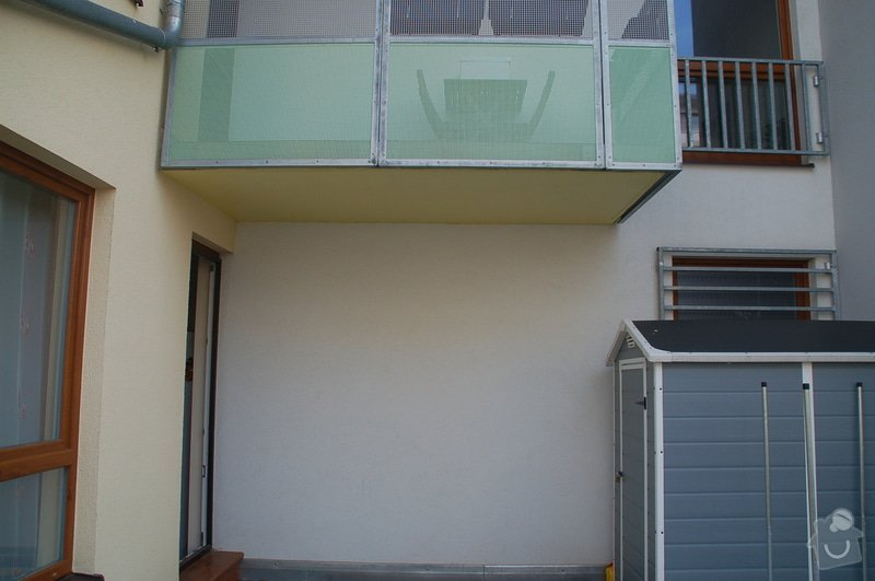 Stříška nad dveřmi na terasu: DSC_0214