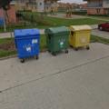 Stavba bariery zakryti popelnic popelnice google street view