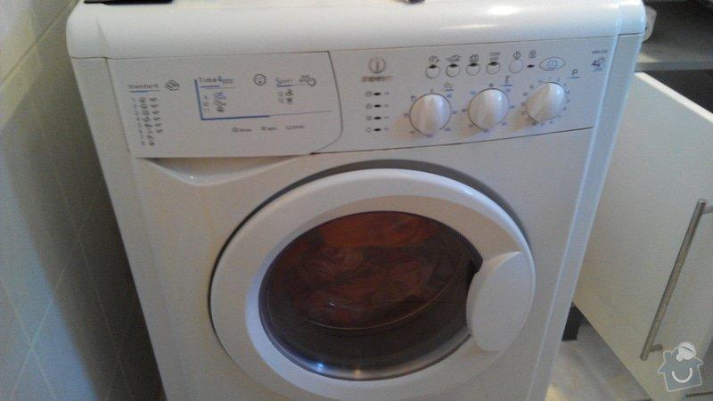 Oprava pračky - dvířka se nezavřou: 2015-03-02_15.31.30