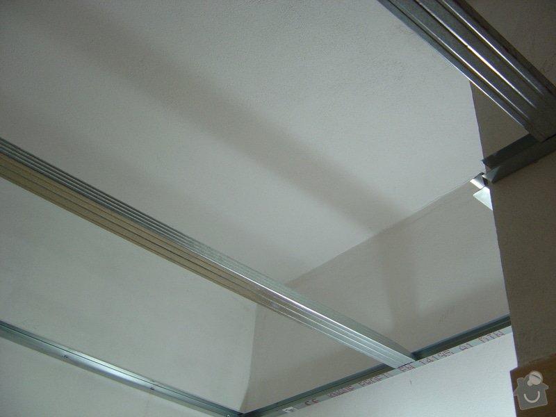 Snížení stropu v koupelně: DSC00095