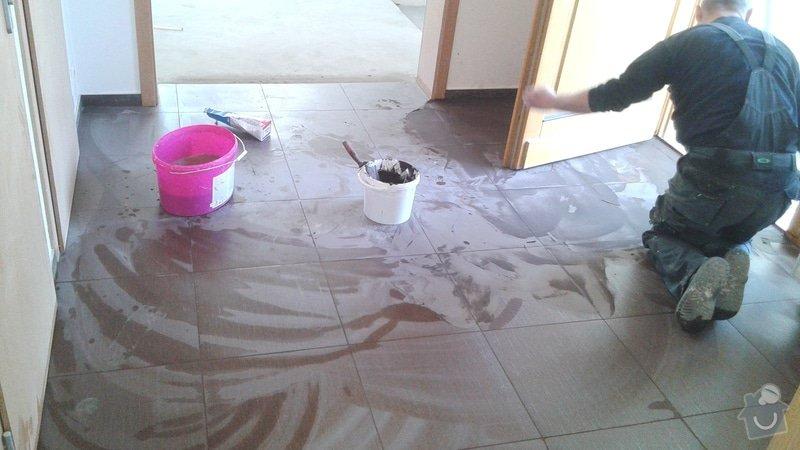 Malířské práce rodinný dům 5+KK v dolních Jirčanech, pokládka dlažby v předsíni 10m2: 20150221_122508
