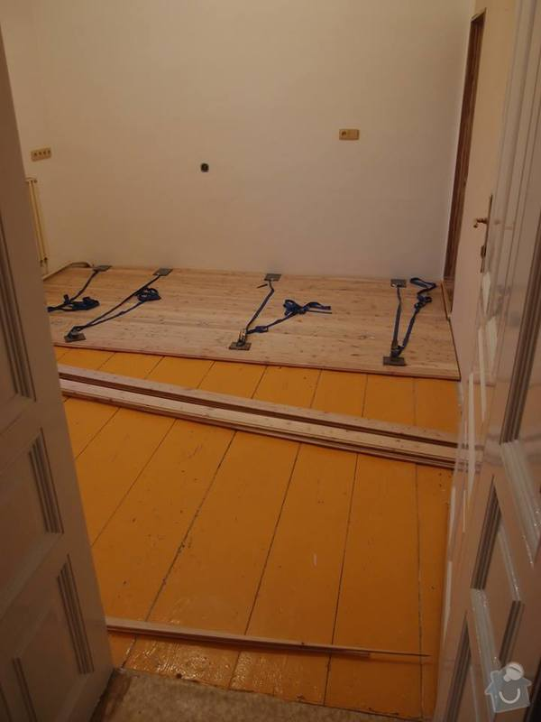 Pokládka podlahy a nábytek do pokoje: 2