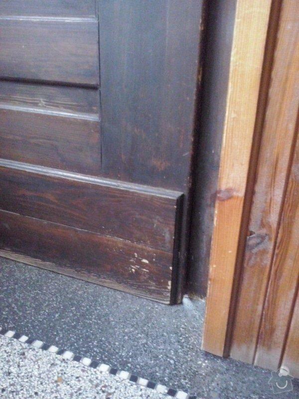 Repas dřevěných vchodových dveří: CAM00042