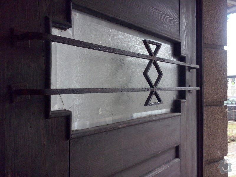 Repas dřevěných vchodových dveří: CAM00048