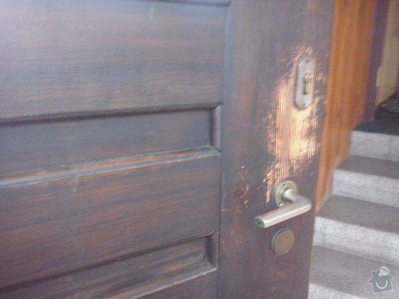 Repas dřevěných vchodových dveří: CAM00050