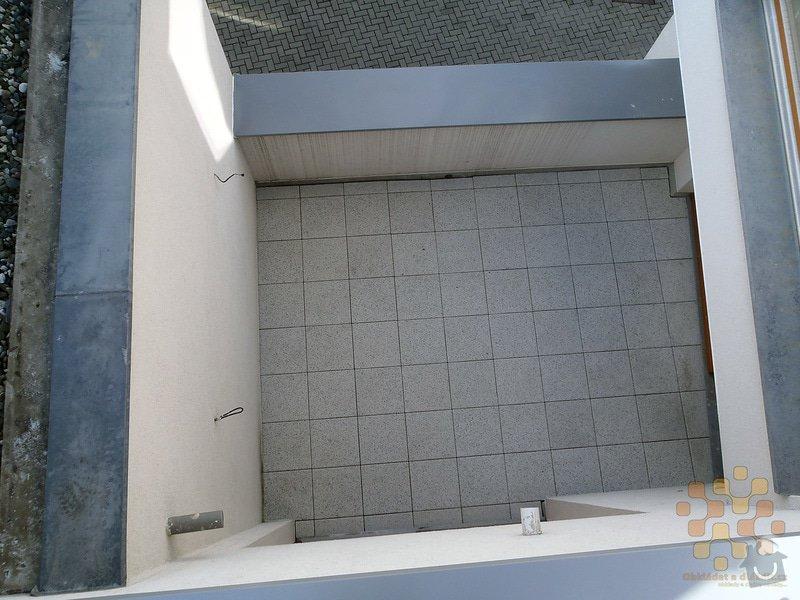 Dodávka a pokládka terasové dlažby: P3060034