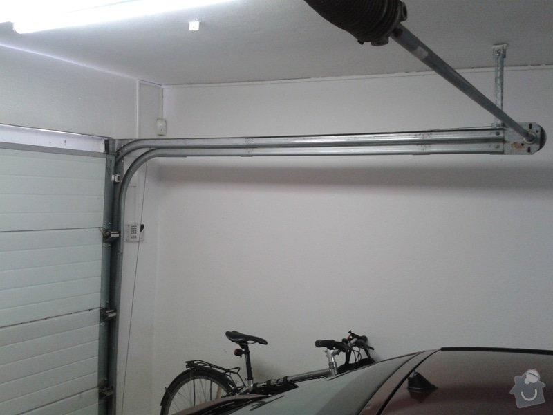 Sekční garážová vrata - dodávka a instalace elektického pohonu na stávající gar. vrata: 20150308_092304