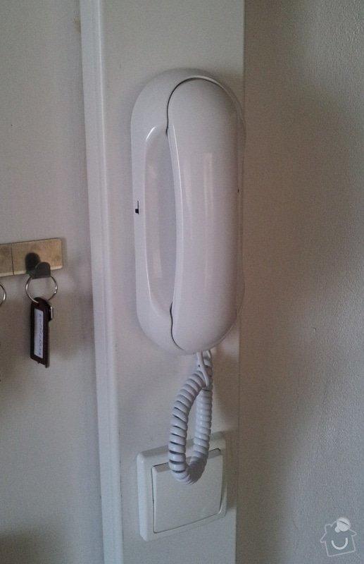 Zprovoznění domovního telefonu (zvonku).: domaci_telefon