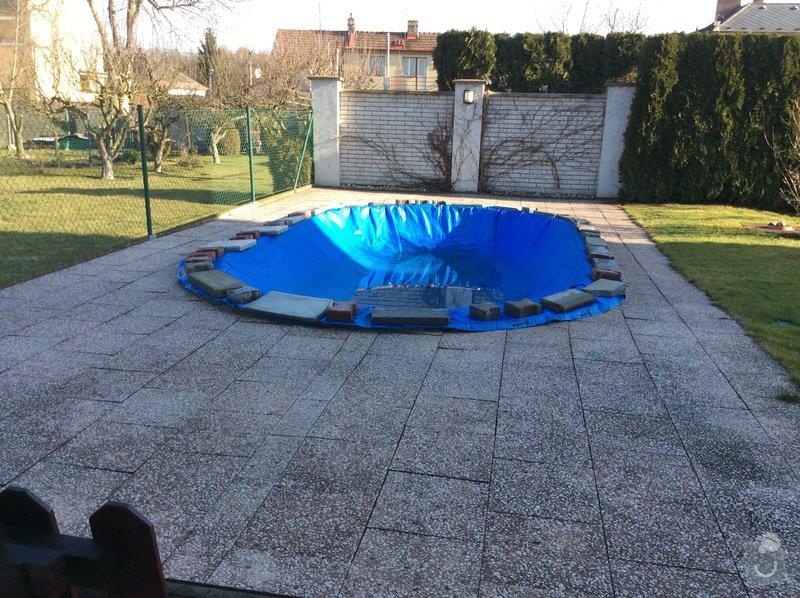 Předlaždění okolo bazénu 45 m2, zámková dlažba 10 m2: image