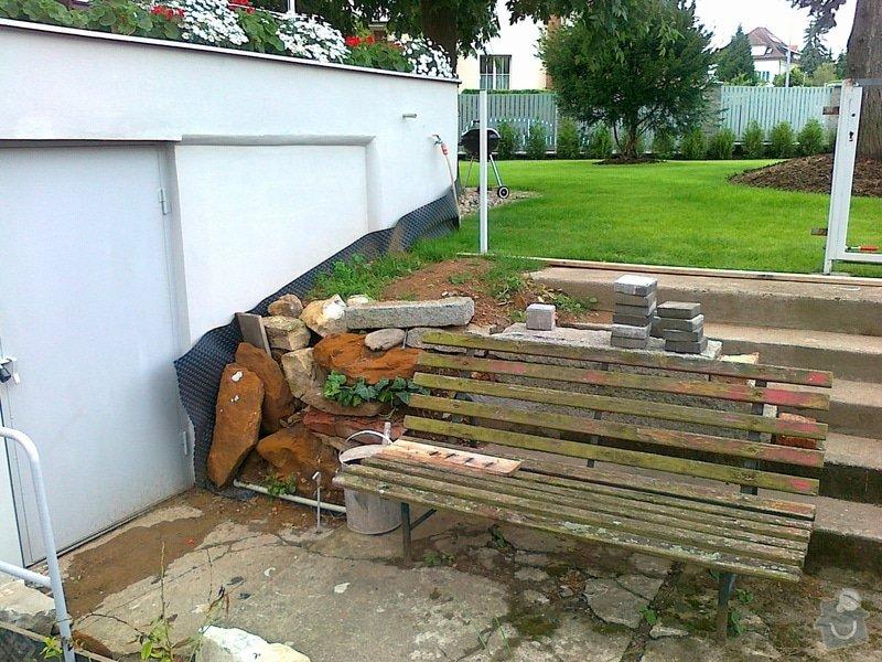 Rekonstrukce parkovacího stání, nový chodník: 09072014678