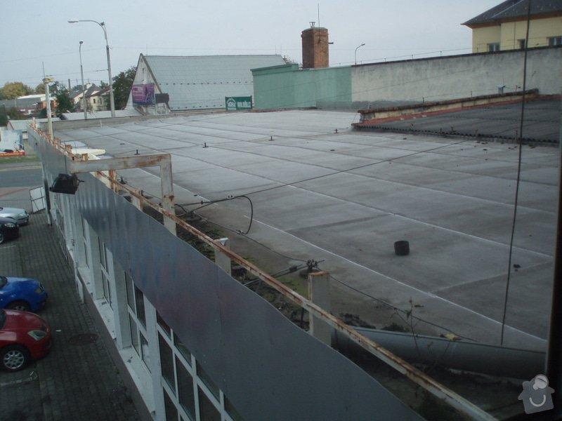 Oprava střechy - výměna střešní krytiny: P1010509