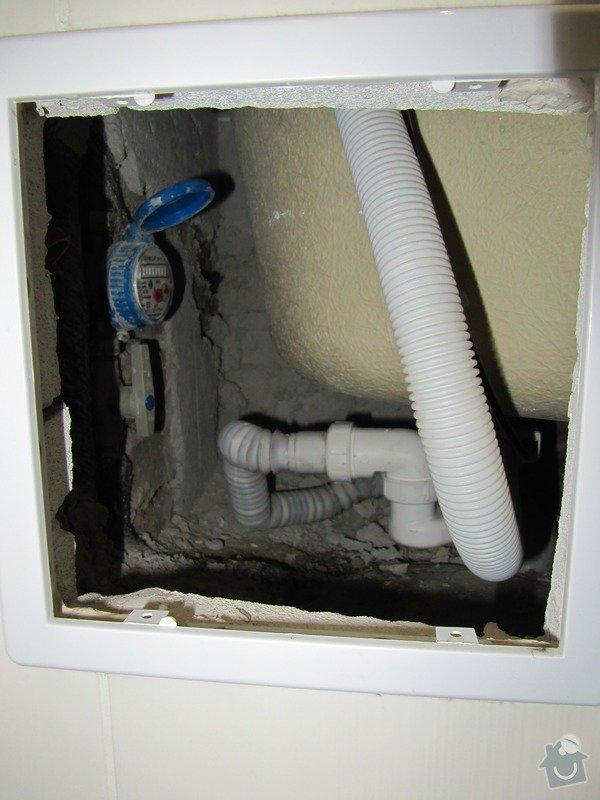 Výměna odpadů a přeinstalování vodoměrů v koupelně: IMG_9854