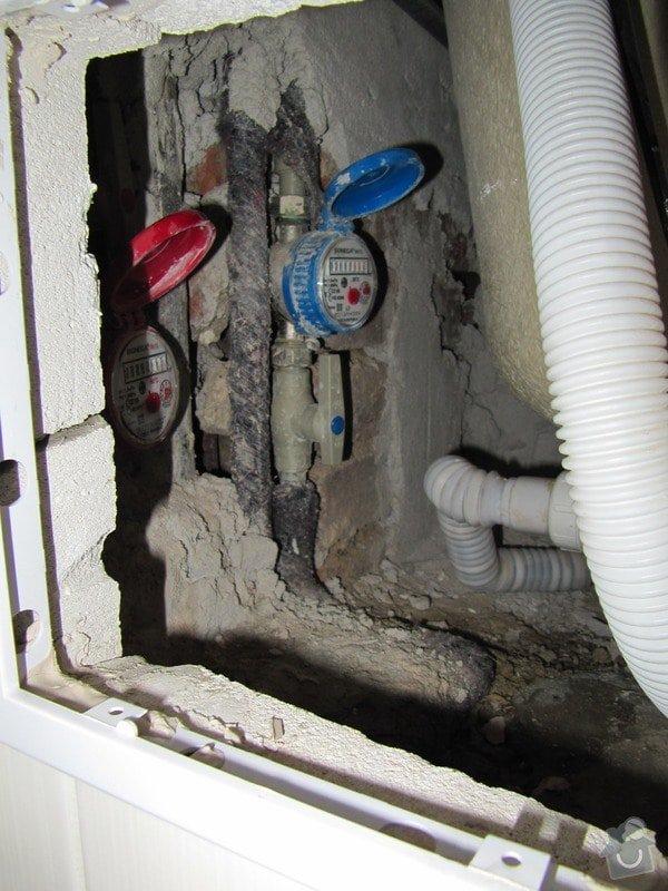 Výměna odpadů a přeinstalování vodoměrů v koupelně: IMG_9851