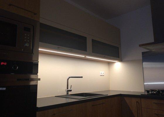 Rekonstrukce bytu,dodání kuchynské linky