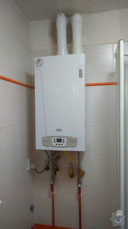 Pořízení a montáž topení: DSC_0395